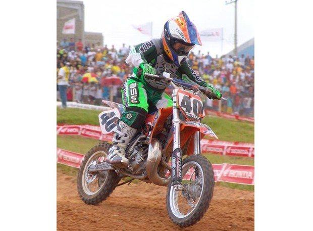 Piloto de apenas 8 anos é destaque da categoria 65cc no Brasileiro de Motocross