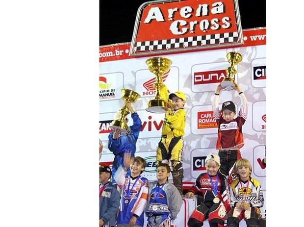 Piloto paulista, Gustavo Pessoa foi o primeiro colocado da categoria 50cc em São Manuel - SP