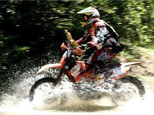 Pilotos de moto elogiam segundo dia de prova do Piocerá