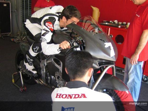 Pilotos Honda perdem peso por questões aerodinâmicas