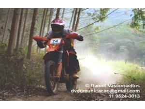 Pilotos levantam poeira na 5ª etapa da Copa Pakato em Salesópolis