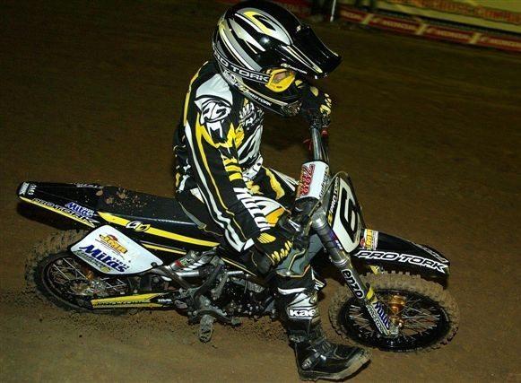 Foto: Endrews Armstrong, de 10 anos, vence a 65cc