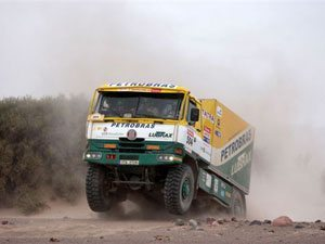Foto: Caminhão da Equipe brasileira Petrobras Lubrax