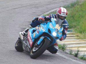 Foto: Jurinha na sua Suzuki estilo MotoGP