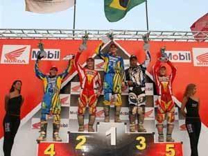 Foto: P¢dio da categoria MX1 no Brasileiro de Motocross