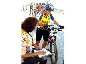 Prova de bikes começa com força total