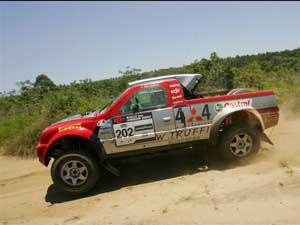Foto: Ingo Hoffmann e Lourival Roldan vencem o Rally dos Amigos entre os carros