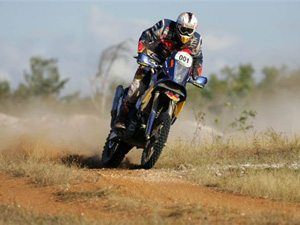 Foto: Cyril Despres disputa o Rally Internacional dos Sertões entre as motos