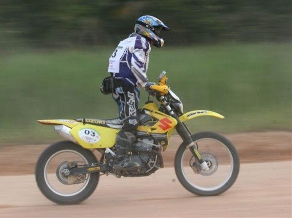Foto: Competi‡Æo tamb'm ' direcionada a motos e quadriciclos