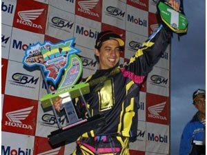 Foto: Marronzinho é o campeão brasileiro 2008 de motocross