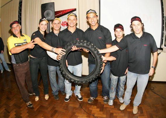 Foto: Pilotos atestaram bom desempenho dos pneus Rinaldi, em encontro que marcou a 3¦ etapa do Campeonato Brasileiro de Motocross