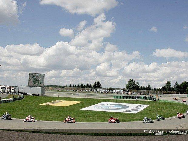 Rossi e Gibernau são os claros líderes do Prémio BMW