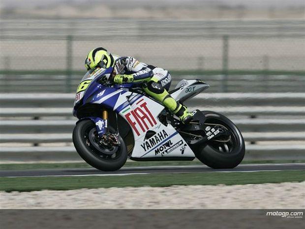 Rossi garante a pole no Qatar com novo recorde
