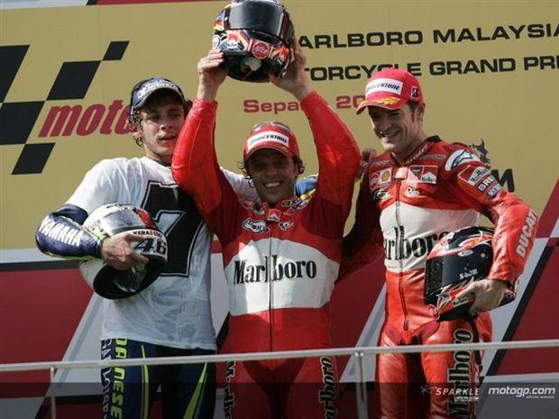 Rossi sagra-se penta-Campeão em Sepang na vitória de Capirossi