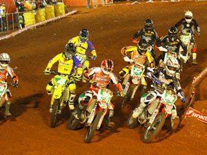 Foto: São Bernardo do Campo (SP) recebe a quinta etapa do Arena Cross 2009