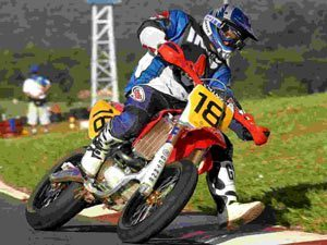 Foto: Marcel Sona lidera na categoria SM1. Ele ' de Baur£.