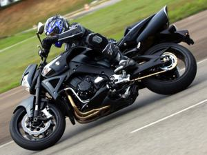 Suzuki B-King é Moto do Ano