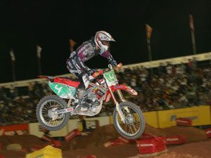 Foto: Leandro Silva - piloto patrocinado pela ASW na categoria SX1 do Supercross