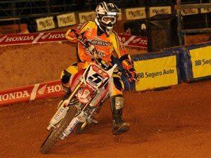 Foto: Everaldo Filho, piloto da 85cc do Team Honda no Arena Cross