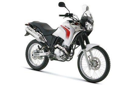 A recem-lançada Ténéré de 250cc (Divulgação Yamaha)