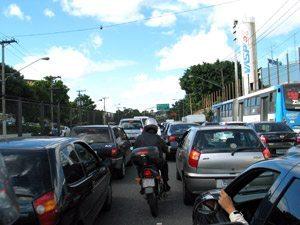 Foto: Depois de 3 d'cadas a convivˆncia entre moto e carro melhorou