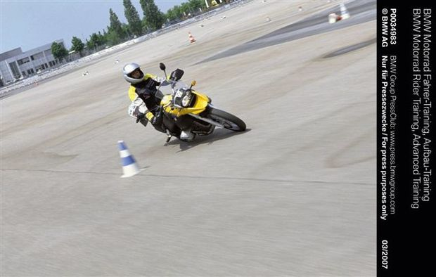 Trinta anos de BMW Driver Training: responsabilidade e segurança com tradição(a)