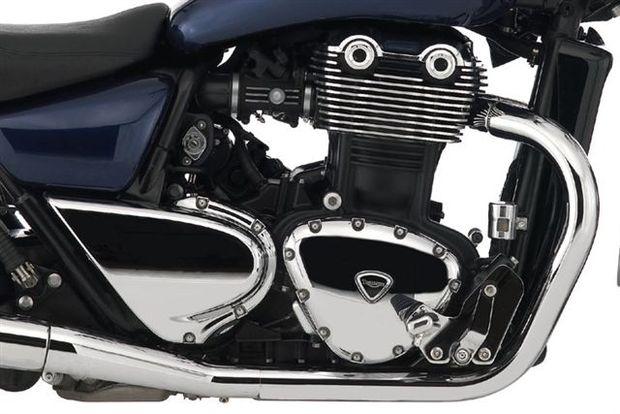 Triumph Thunderbird 1600, uma inglesa de 1600 cc