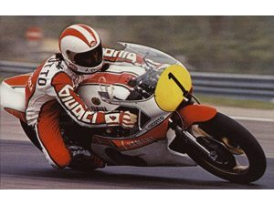 Foto: Johnny Cecotto na Yamaha TZ 750