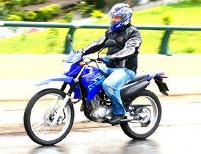 Versatilidade e ciclística são trunfos da Yamaha XTZ 125 2009