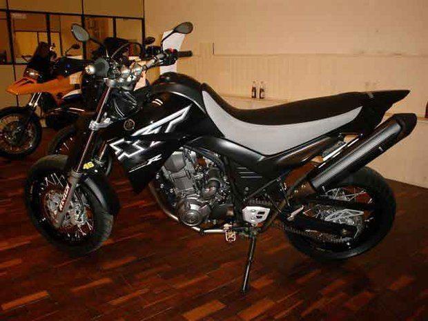 Foto: Yamaha XT660R - Customizador: Manolo Bikes