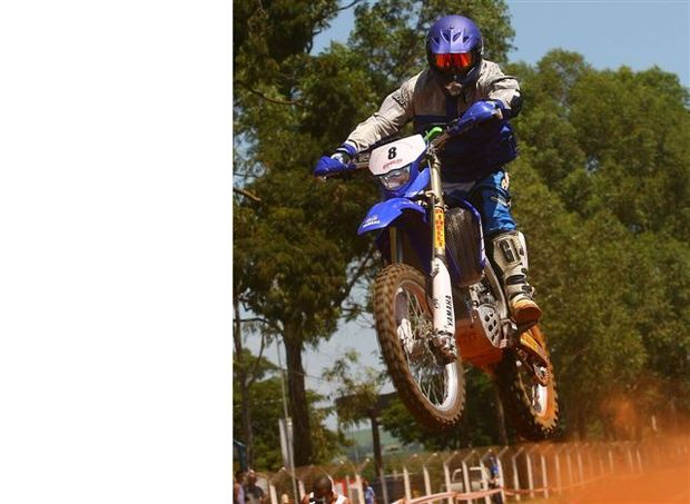 Foto: O piloto Yamaha Juca Bala venceu na categoria e na classifica‡Æo Geral