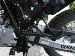 Suspensão traseira permite regulagem milimétrica do sag