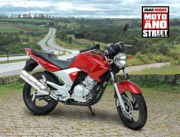 Yamaha YS 250 Fazer é eleita a moto do ano 2006 pela revista Duas Rodas