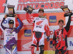 Leandro Silva, piloto da Equipe Honda Mobil da categoria MX Pró na Superliga Brasil de Motocross
