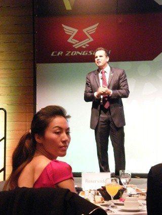 Claudio Rosa Jr. apresenta e Ying Zuo aprova: CR Zongshen quer crescer rápido no Brasil