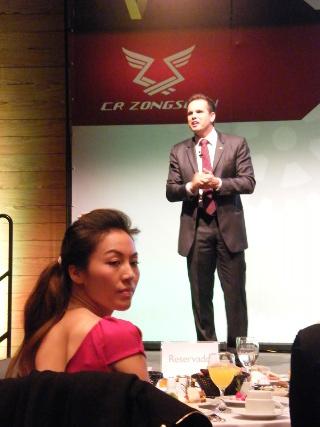 Presidente da CR Zongshen Brasileira e a Vice presidenta da Zongshen