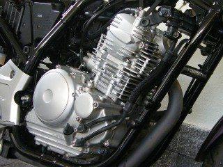 Motor bom, facilitaria mais a pilotagem se tivesse mais potência e torque em baixa rpm
