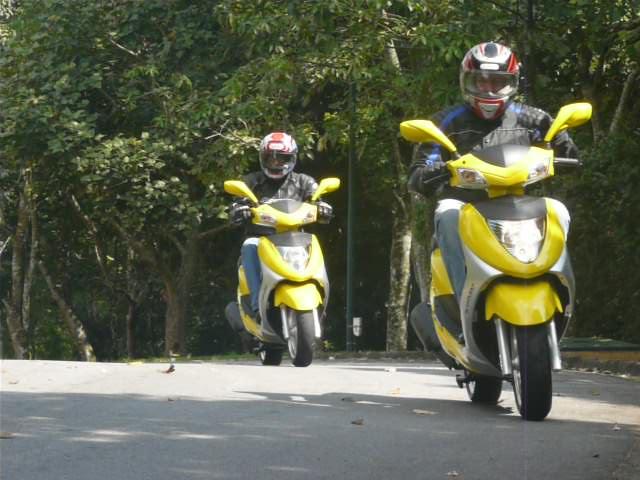 Andamos no scooter Prima 150 da Kasinski