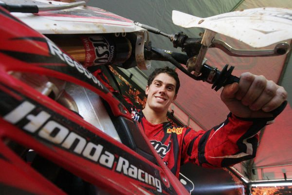 Swian Zanoni, piloto da Equipe Oficial Honda das categorias MX1 e MX2 na Superliga Brasil de Motocross