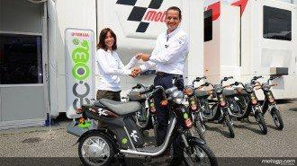 Anunciaram hoje que a nova scooter eléctrica Yamaha EC-03 será incluída na frota oficial