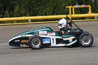 Carro da equipe Fórmula FEI foi considerado o melhor no Brasil