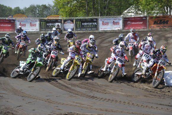 Pilotos na 2ª etapa do Mundial de MX, realizada na Holanda.