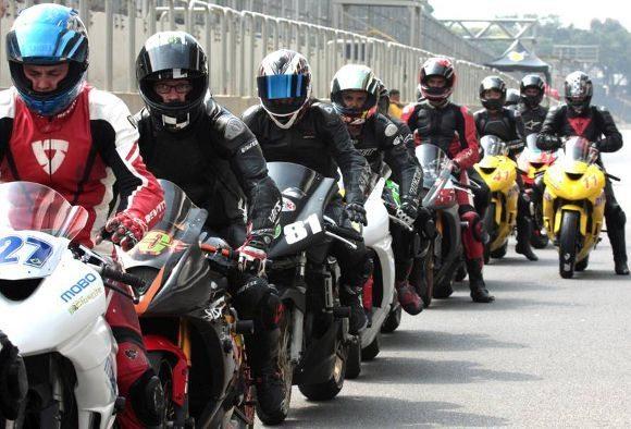 Vinicius Fonseca / Rush Motorcycles