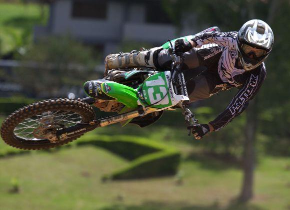 Nico Rocha defende liderança na classificação da MX3 e MX4 no Paranaense de Motocross