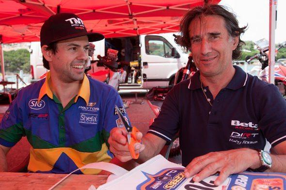 Vicente De Benedictis e Cyril Neveu no Rally da Sardenha, Itália