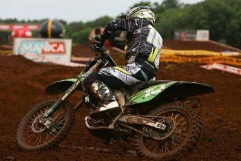 A pista seca e a poeira no circuito de Porto Seguro prejudicaram o desempenho de Paulo Stedile na segunda etapa do Brasileiro de Cross Country
