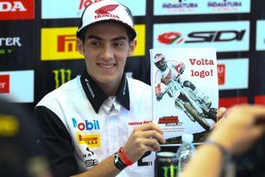 O piloto oficial Honda Wellington Garcia marca presença no Honda GP Brasil 2011