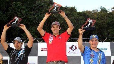 Felipe Zanol somou 50 pontos no fim de semana e é líder absoluto na E1