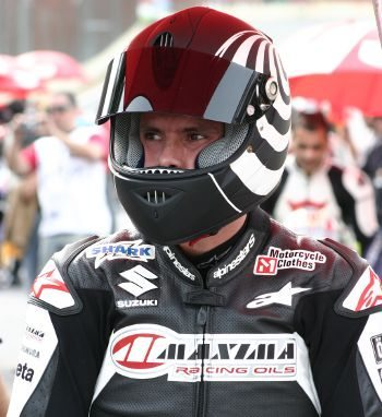 , Bruno Corano vai se aproximando da liderança do Pirelli Mobil SuperBike