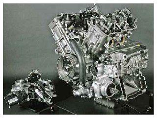 O motor é extremamente compacto facilitando a concentração de massa